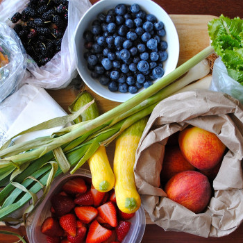 Depositphotos_24812333-fruit-square